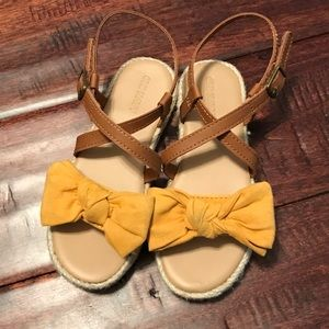 Girls leather sandals Size 9